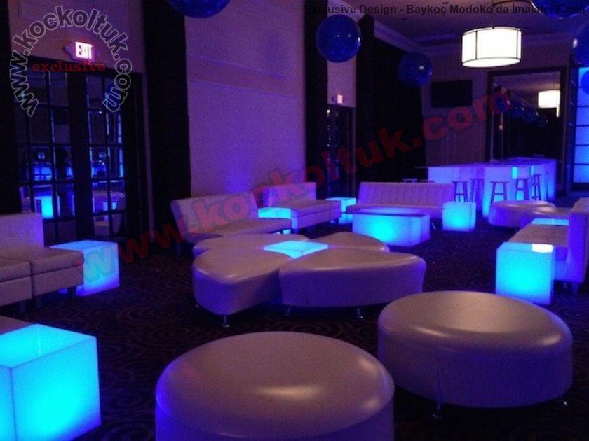 Koltuklar Şekilli Puf Modelleri Kafe Bar Otel Restoran Dekorasyonu