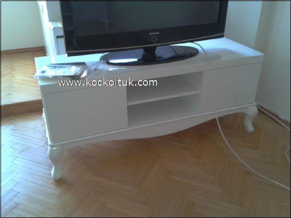beyaz lake cila tv altı