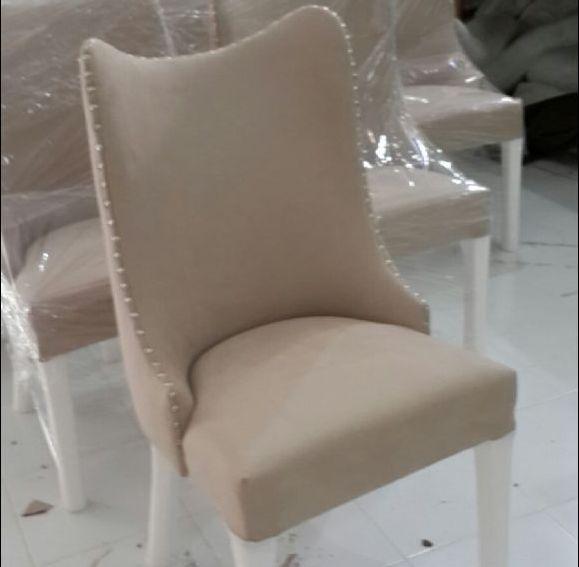kenar taşlı sandalye