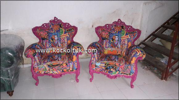 pembe oymalı tekli koltukar