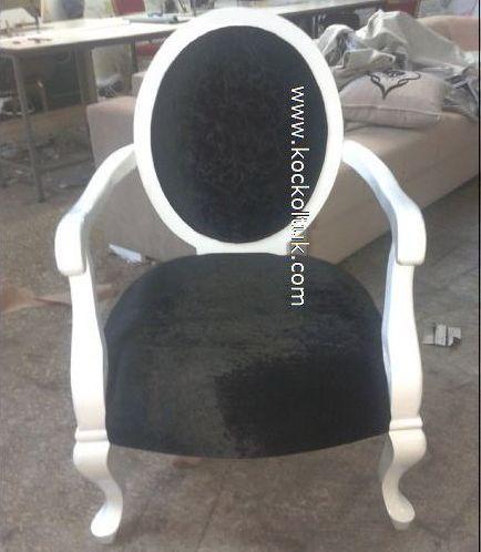 siyah kadife tekli koltuk