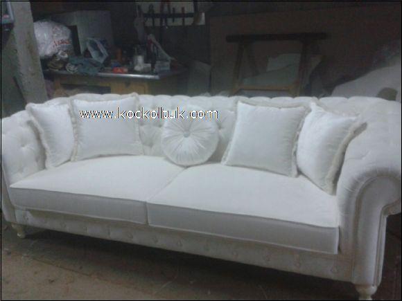 beyaz renk üçlü chester koltuk